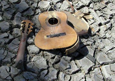 Damage Guitar