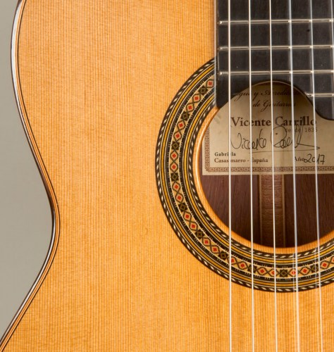 carrillo-gabriela-cedar-guitar-rosette
